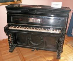 piano-of-chopin.jpg